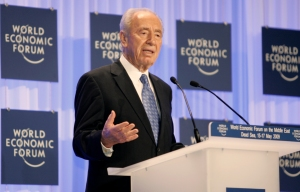 "DEAD SEA/JORDAN,17MAY09 -Shimon Peres, Presedint of Israel captured during the World Economic Forum on the Middle East at the Dead Sea in Jordan, May 17, 2009. Copyright èa href=""http://www.weforum.org"">World Economic Forum[/a] (èa href=""http://www.weforum.org"">www.weforum.org[/a])/Photo by Nader Daoud"
